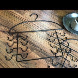 Storage & Organization - 👛3/$15  Sturdy Metal/iron multi purpose hangers